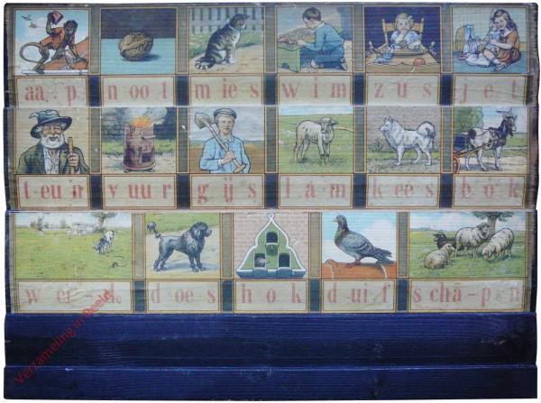 1940-1949. aap noot mies, Hoogeveens verbeterd leesplankje [Bok kijkt naar rechts; Groningen, Batavia; Zwart]