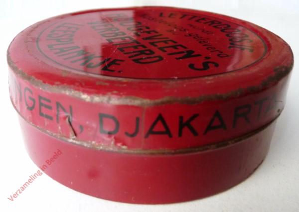 1950-1955. Letterdoosje [Groot, rood blik; Groningen, Djakarta]