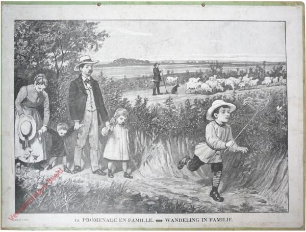 12 [11 oud] - Promenade en famille. Wandeling in familie