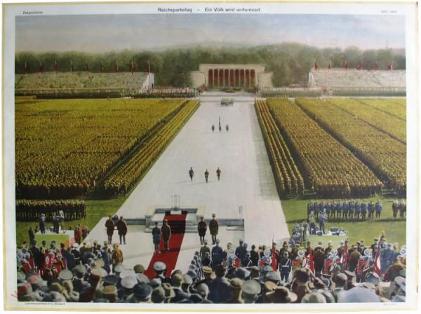 Serie II, 3 - Reichsparteitag - Ein Volk wird uniformiert