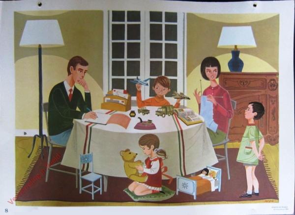 8 - Moment familial a l'interieur