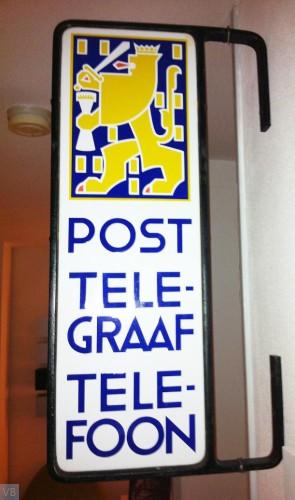 1937. Uithangbord Post Telegraaf Telefoon 1937-1938