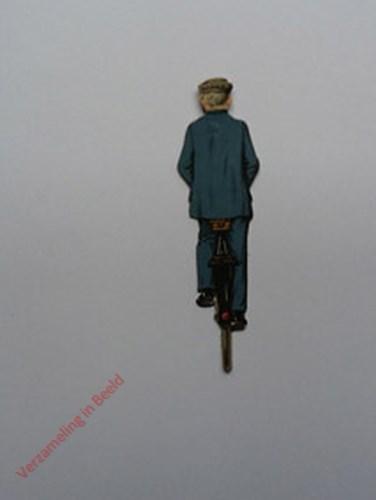 26B - [Man op fiets blauw, achterkant]