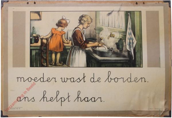 8 - moeder wast de borden. ans help haar