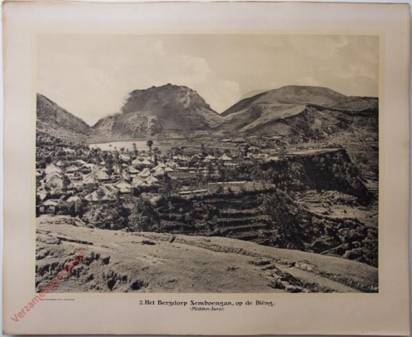2 - Het Bergdorp Semboengan, op de Diëng. (Midden-Java)