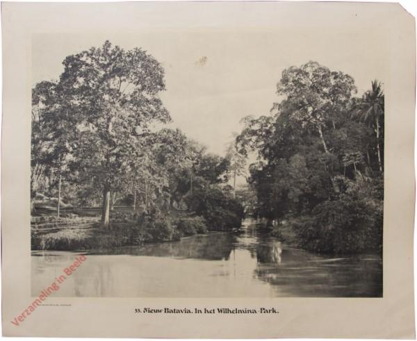 53 - Nieuw-Batavia. In het Wilhemina-Park