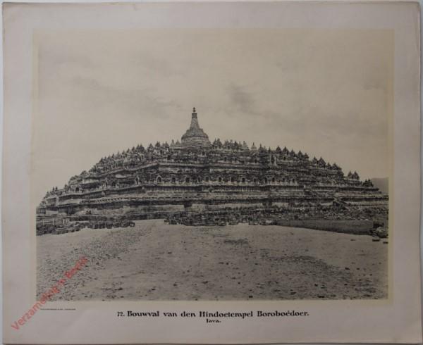 72 - Bouwval van de Hindoetempel Boroboédoer. (Java)