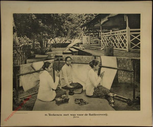 94 - Teekenen met was voor de Batikververij. (Java)