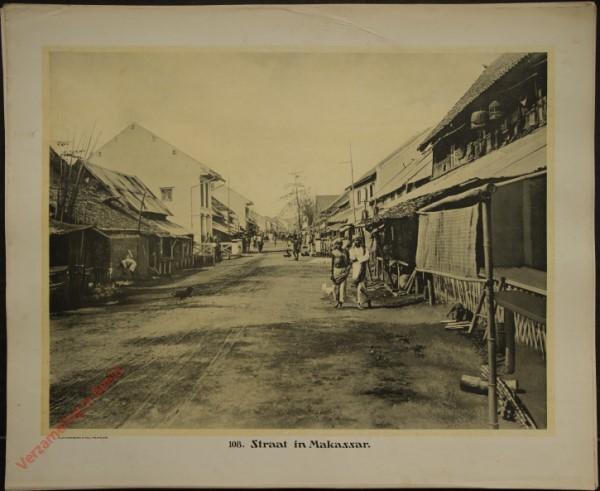 108 - Straat in Makassar.