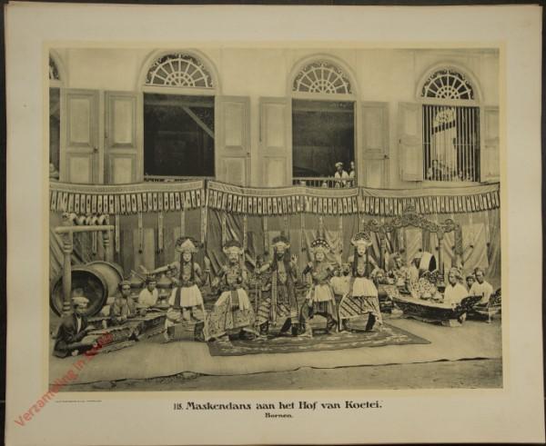 118 - Maskendans aan het Hof van Koetei. (Borneo)
