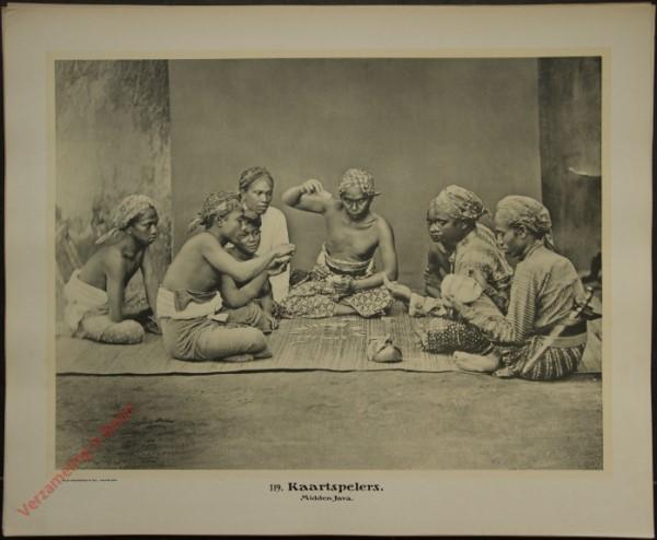 119 - Kaartspelers. (Midden-Java)