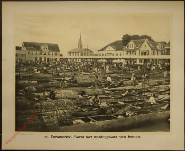 160 - Paramaribo. Markt met aanlegplaats van booten