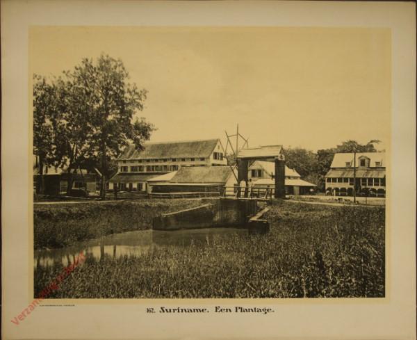 162 - Suriname. Een plantage