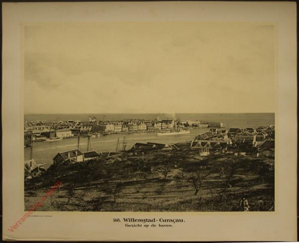 168 - Willemstad. Curaçao. Gezicht op de haven