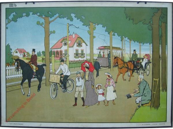IIIb - [Straat met tram, rijtuig, paard, fiets, kruk en wandelaars]